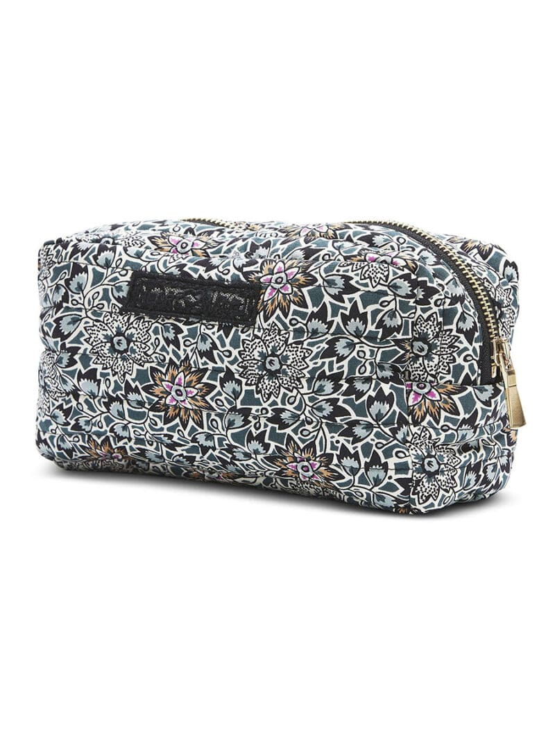 Womens fashion wear and accessories STORE 51 - Womens Fashion Wear and Accessories